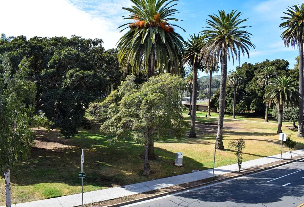 Best Western Beachside Inn - View of Pershing Park from the balconies of our Parkside Rooms.