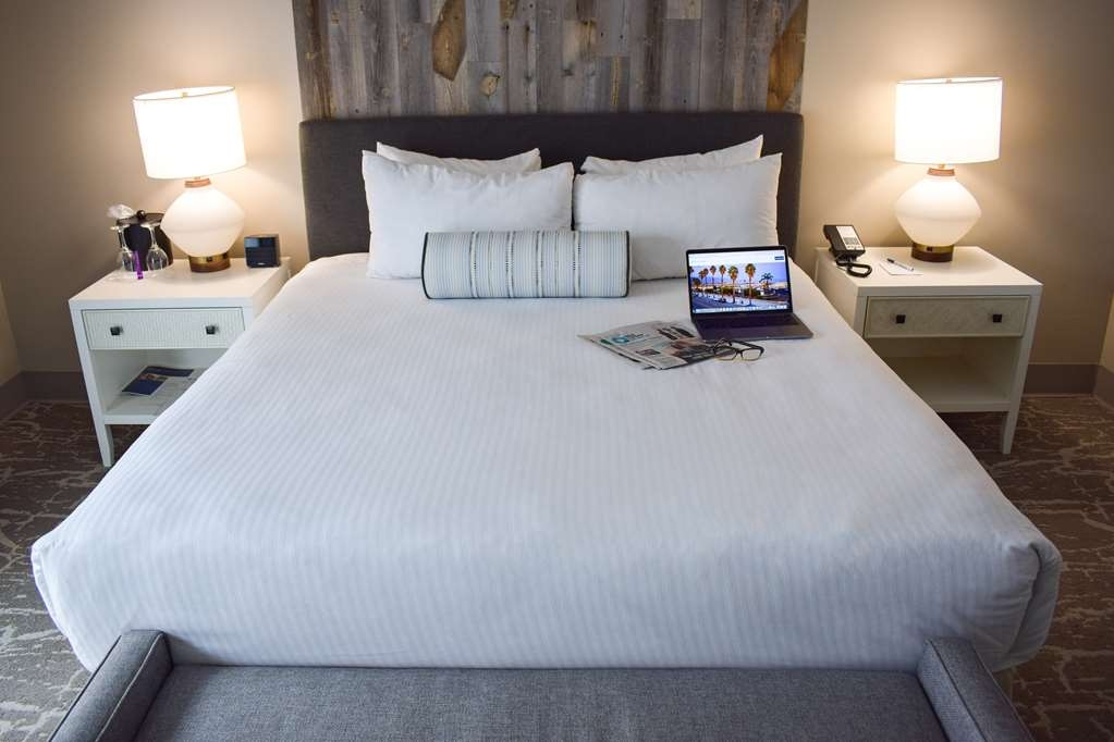 Best Western Beachside Inn - These elegant new rooms feature a modern design and stylish, beachy décor, perfect for a romantic trip to Santa Barbara!