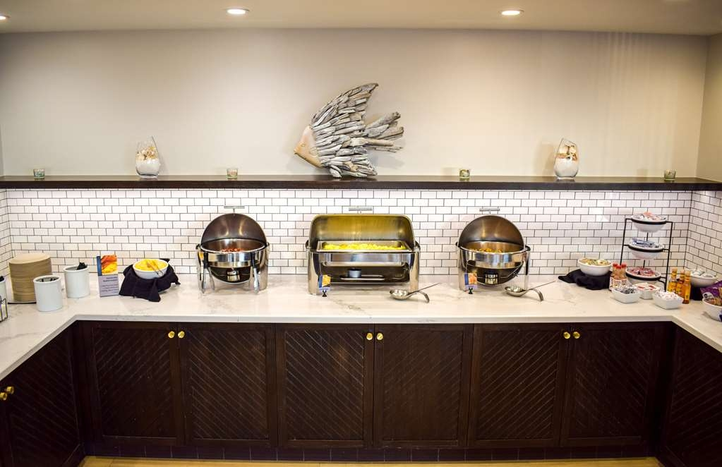 Best Western Beachside Inn - Proteins with a side of style!