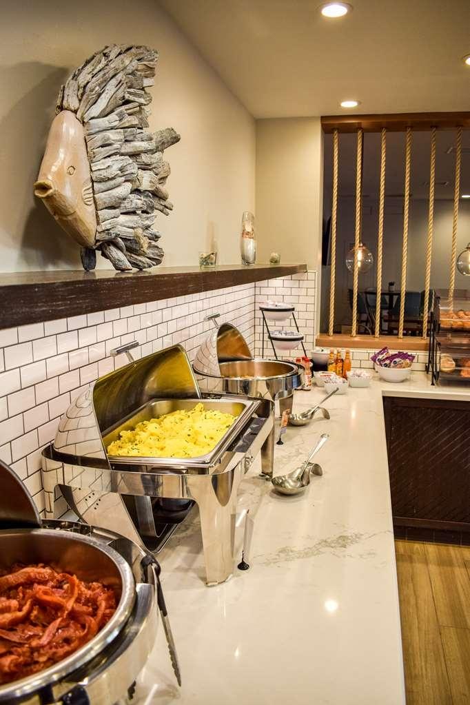 Best Western Beachside Inn - Enjoy our deluxe complimentary breakfast buffet.