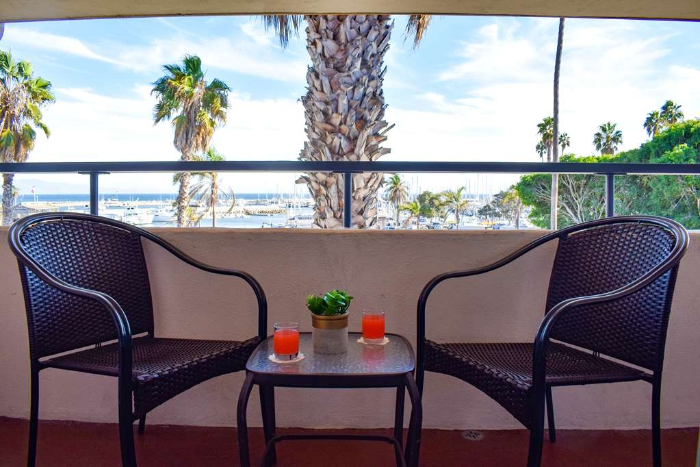 Best Western Beachside Inn - habitación de huéspedes-amenidad
