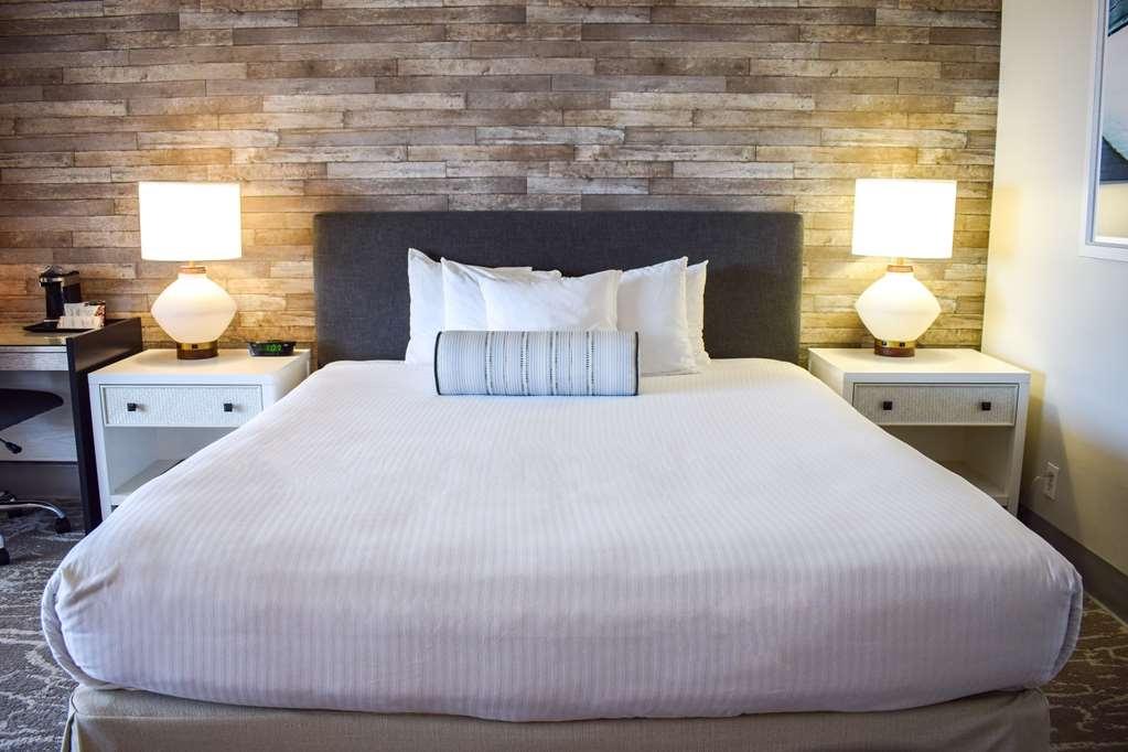 Best Western Beachside Inn - Sweet dreams!