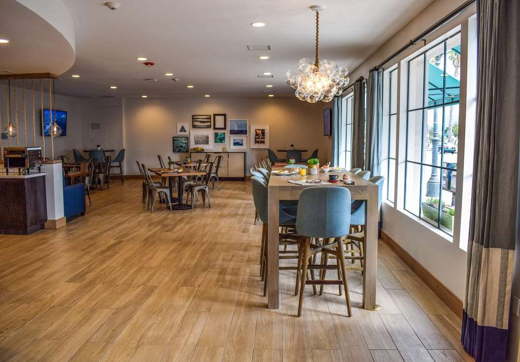 Best Western Beachside Inn - Pick a seat!