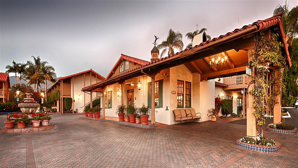 Best Western Plus Pepper Tree Inn - Vista exterior
