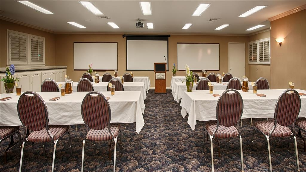 Best Western Plus Pepper Tree Inn - Sala meeting