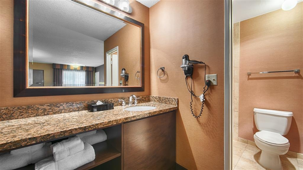 Best Western Plus Stovall's Inn - We take pride in making everything spotless for your arrival.