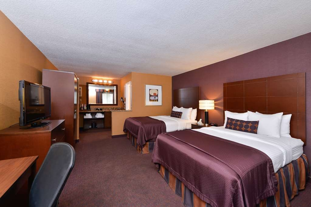 Best Western Plus Stovall's Inn - Guest Room with Two Queen Beds