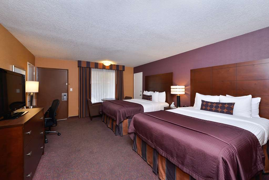 Best Western Plus Stovall's Inn - Guest Room with Two Double Beds