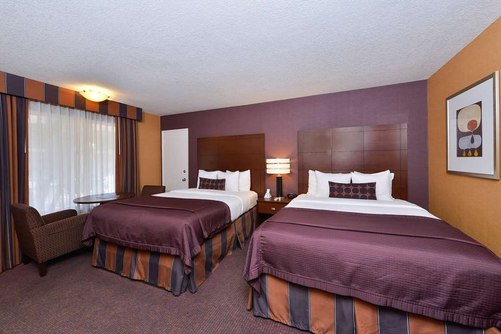 Best Western Plus Stovall's Inn - Double Queen Guest Room
