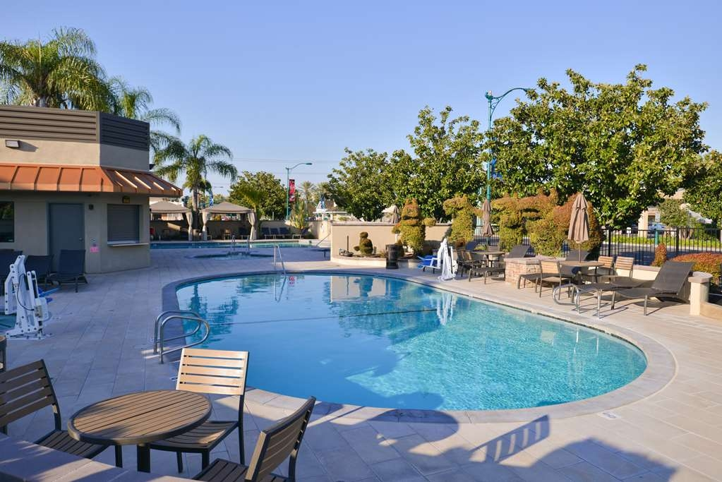 Best Western Plus Stovall's Inn - Stovalls Inn Pool