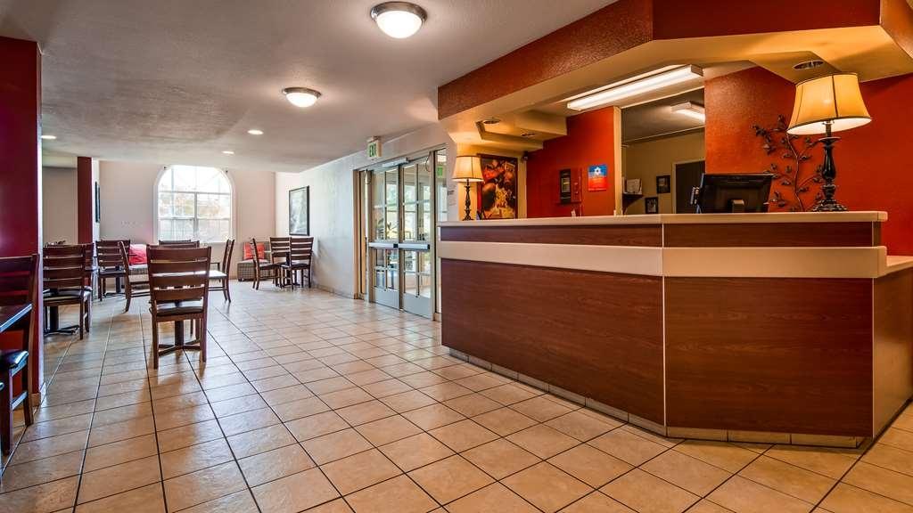SureStay Plus Hotel by Best Western Rocklin - Hall