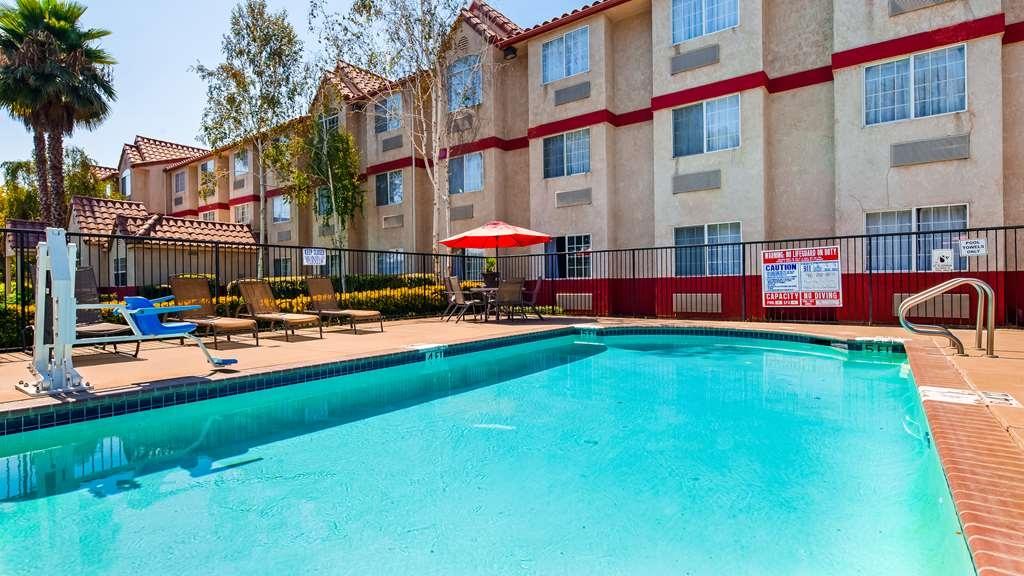SureStay Plus Hotel by Best Western Rocklin - Piscina