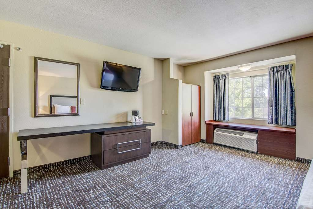 SureStay Plus Hotel by Best Western Rocklin - Guest Room Amenities in Mobility Accessible Rooms