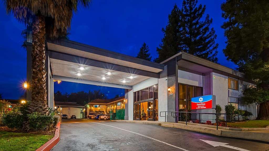 SureStay Plus Hotel by Best Western Sacramento North - Vista exterior
