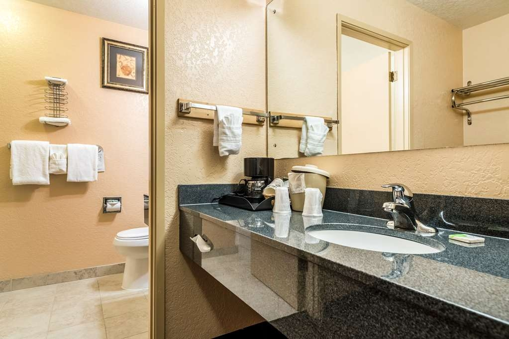 SureStay Hotel by Best Western Wenatchee - Forgot your toiletries? Don't worry we've got you covered!