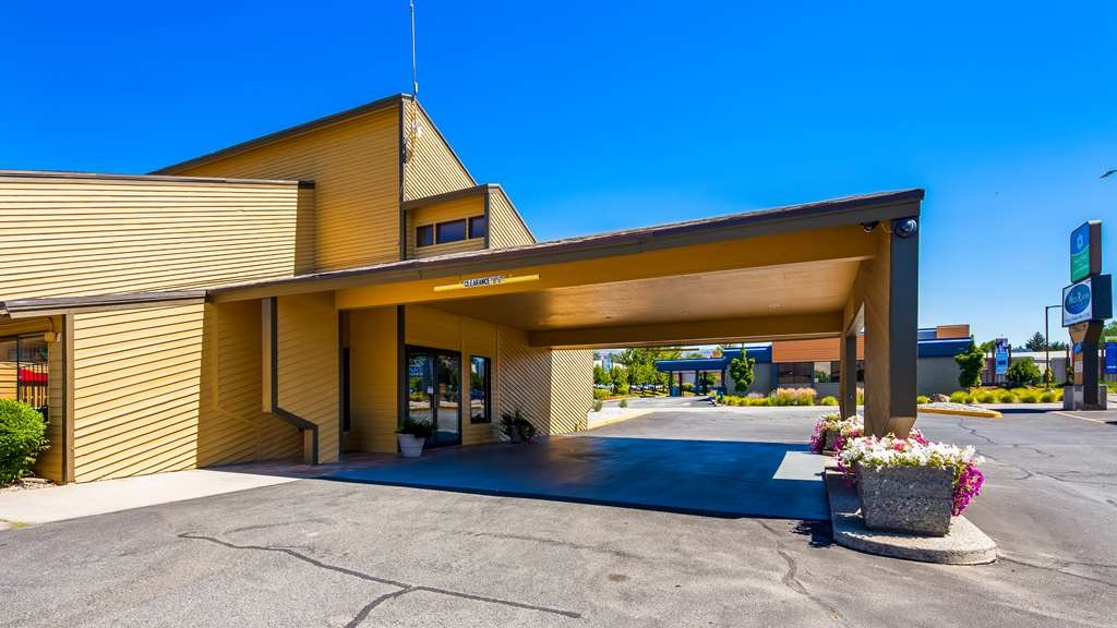 SureStay Hotel by Best Western Wenatchee - At the SureStay Hotel by Best Western Wenatchee, we take care of life's details so you can focus on being your best.