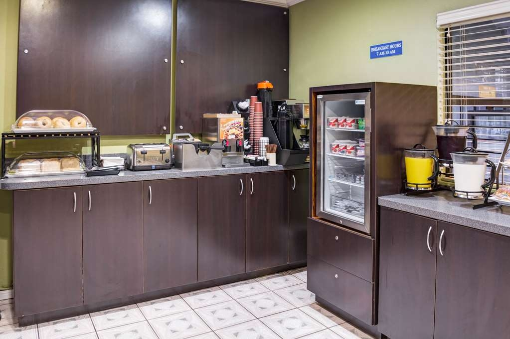 SureStay Hotel by Best Western Beverly Hills West LA - Join us every morning for a variety of your favorite morning treats.