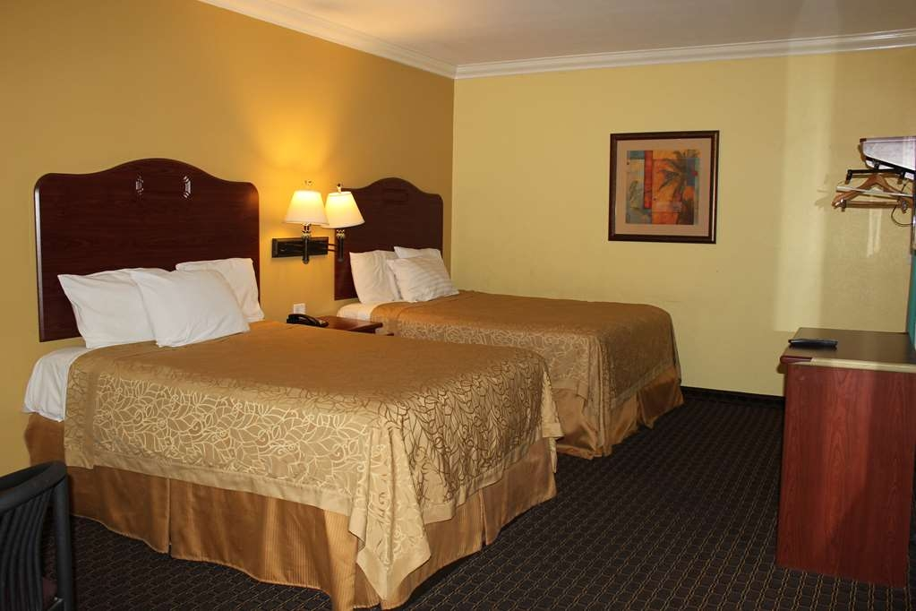 SureStay Hotel by Best Western South Gate - Double Queen Guest Room