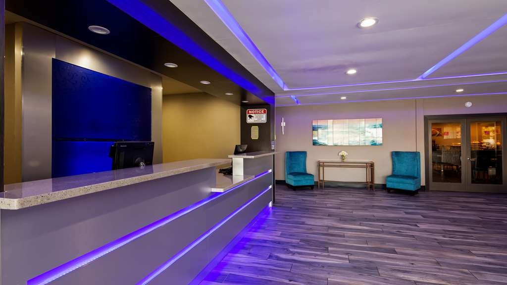 SureStay Plus Hotel by Best Western Point Richmond - Vue du lobby