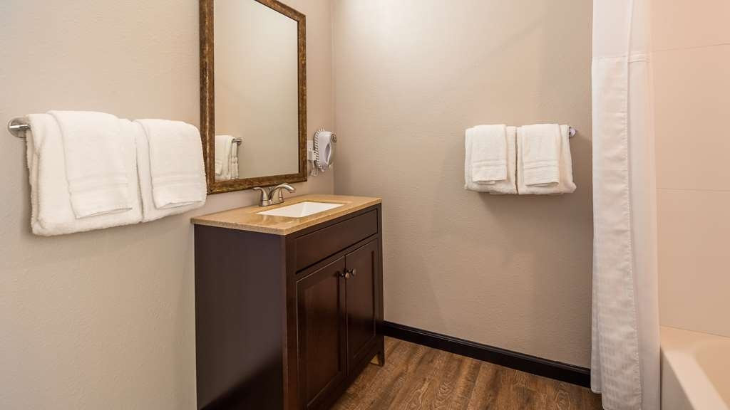SureStay Hotel by Best Western Ridgecrest - Guest room