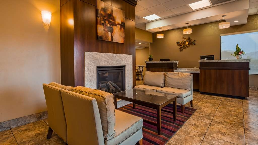 SureStay Hotel by Best Western Tehachapi - Vue du lobby