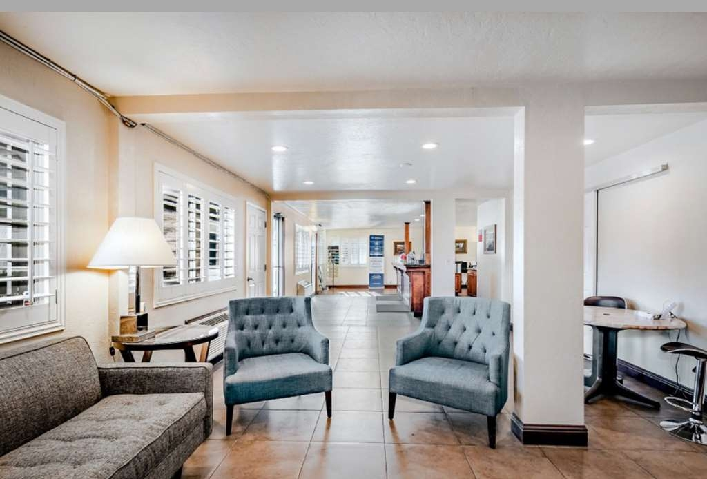 SureStay Plus Hotel by Best Western Susanville - Stay warm any time of the year and settle into one of the comfortable chairs.