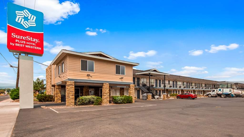 SureStay Plus Hotel by Best Western Susanville - Façade