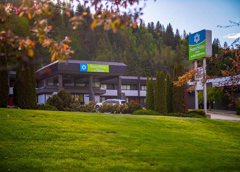SureStay Hotel by Best Western Castlegar - Vista exterior