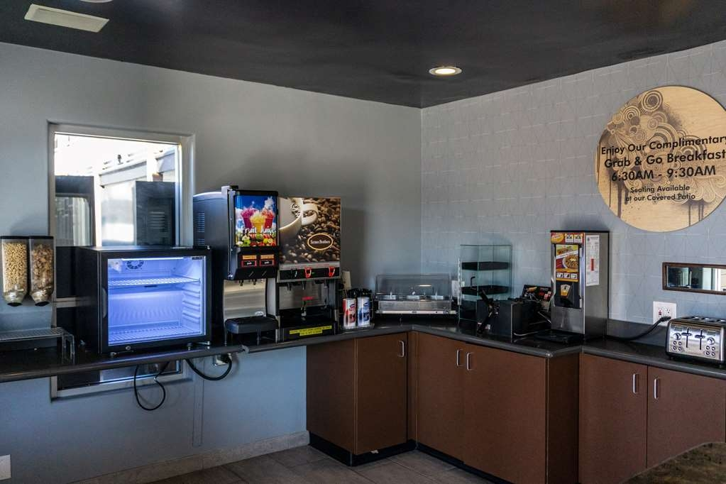 SureStay Hotel by Best Western Phoenix Downtown - Our complimentary breakfast features coffee, delicious pastries and fresh waffles.