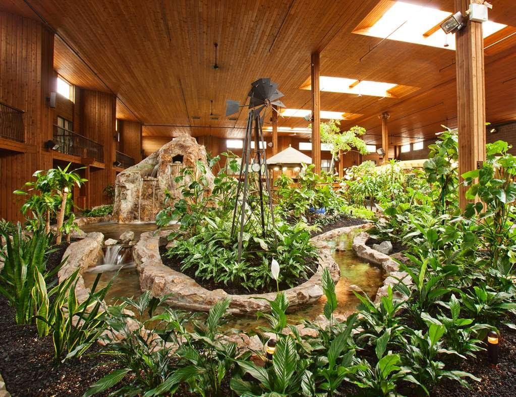 SureStay Hotel by Best Western Chilliwack - Tropical Atrium Garden and Indoor Stream