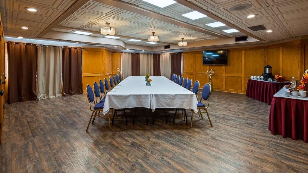 SureStay Hotel by Best Western Chilliwack - Sala de reuniones