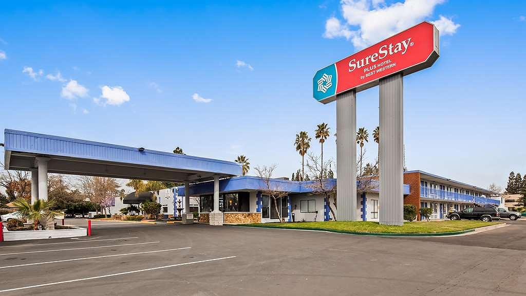 SureStay Plus Hotel by Best Western Sacramento Cal Expo - Façade