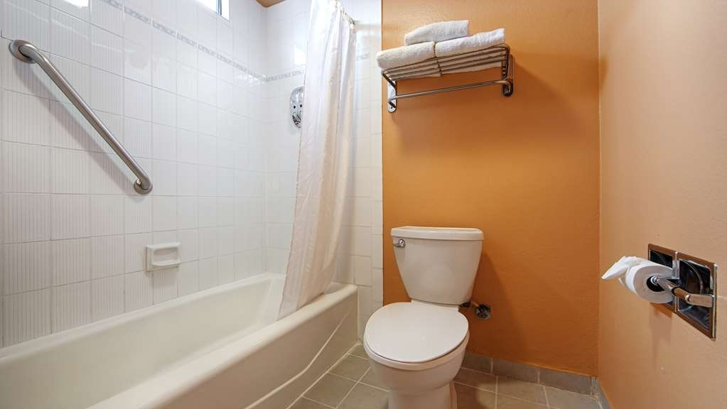 SureStay Plus Hotel by Best Western El Cajon - Enjoy getting ready for the day in our fully equipped guest bathrooms.
