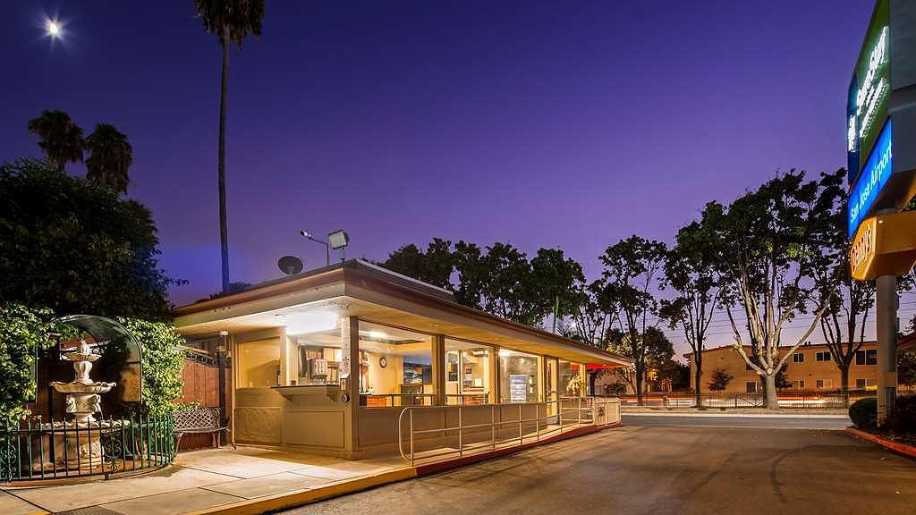 SureStay Hotel by Best Western San Jose Airport - Aussenansicht