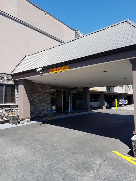 SureStay Plus Hotel by Best Western Coquitlam - Area esterna