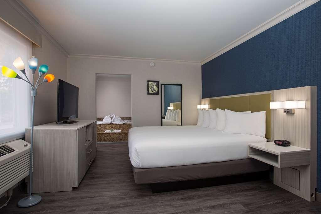 SureStay Hotel by Best Western Santa Monica - Habitaciones/Alojamientos
