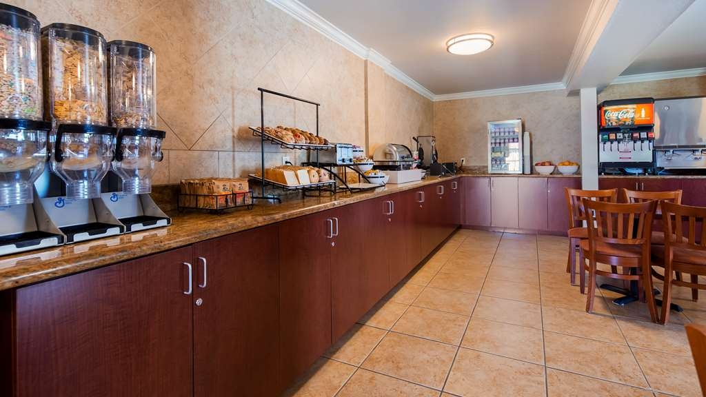 SureStay Plus Hotel by Best Western Lompoc - Join us every morning for a variety of your favorite morning treats.