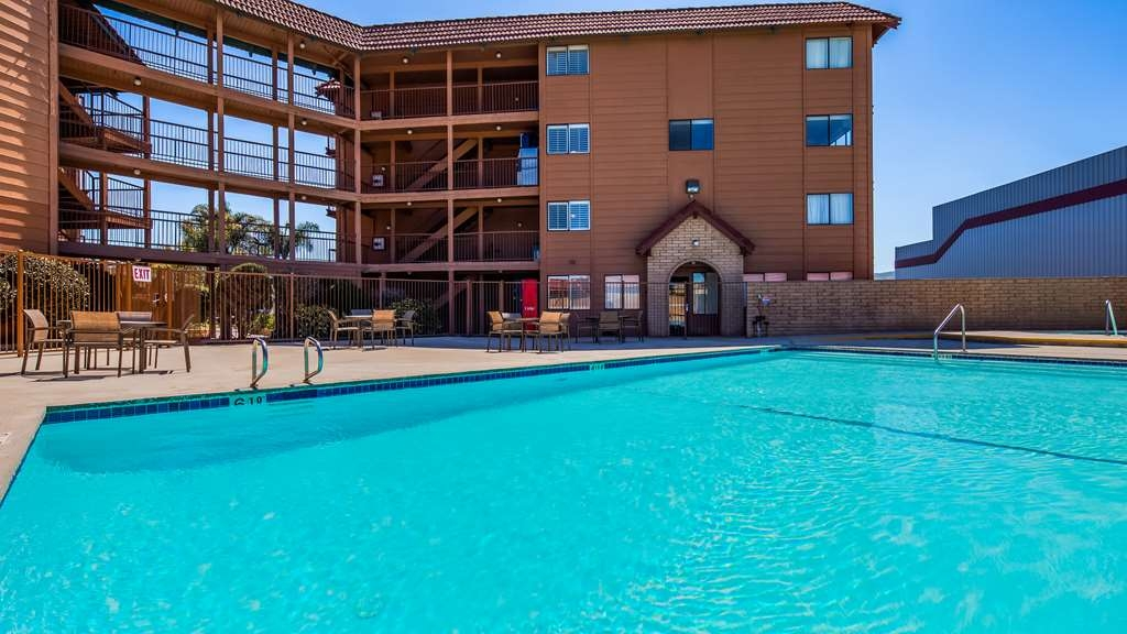 SureStay Plus Hotel by Best Western Lompoc - Our outdoor pool is perfect for swimming laps or taking a quick dip.