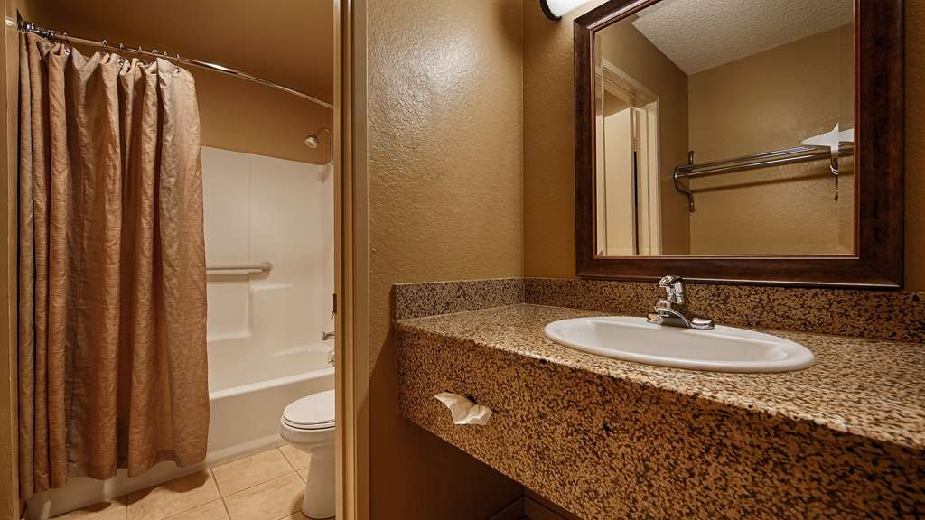 SureStay Plus Hotel by Best Western San Bernardino South - Enjoy getting ready for the day in our fully equipped guest bathrooms.