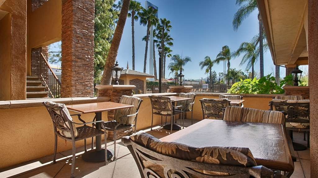 SureStay Plus Hotel by Best Western San Bernardino South - Enjoy your breakfast and relax in the sun at our onsite patio.