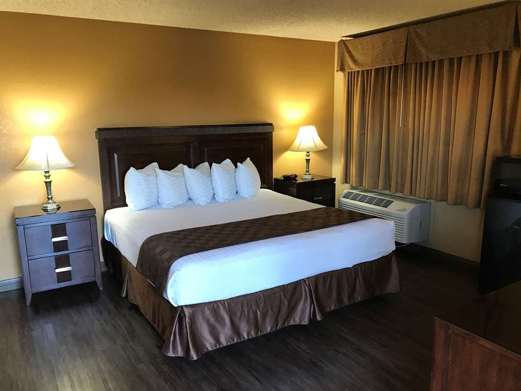 SureStay Plus Hotel by Best Western San Bernardino South - We offer a variety of different king rooms from standard to mobility accessible.
