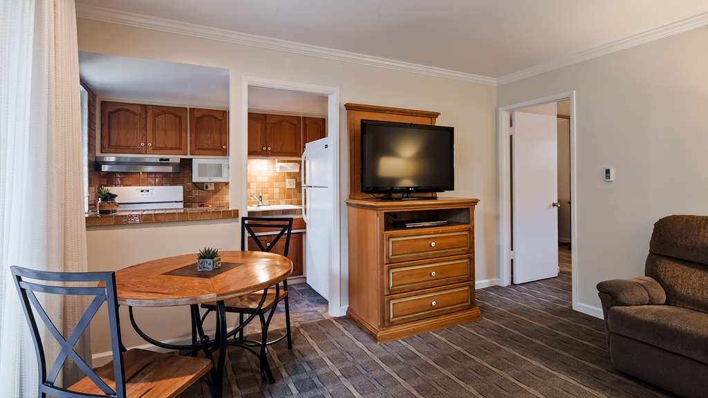 Best Western Plus Encina Inn & Suites - Guest Room Amenities