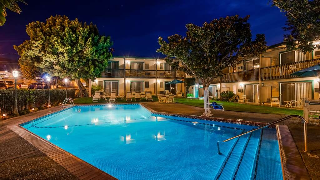 Best Western Plus Encina Inn & Suites - Outdoor Pool