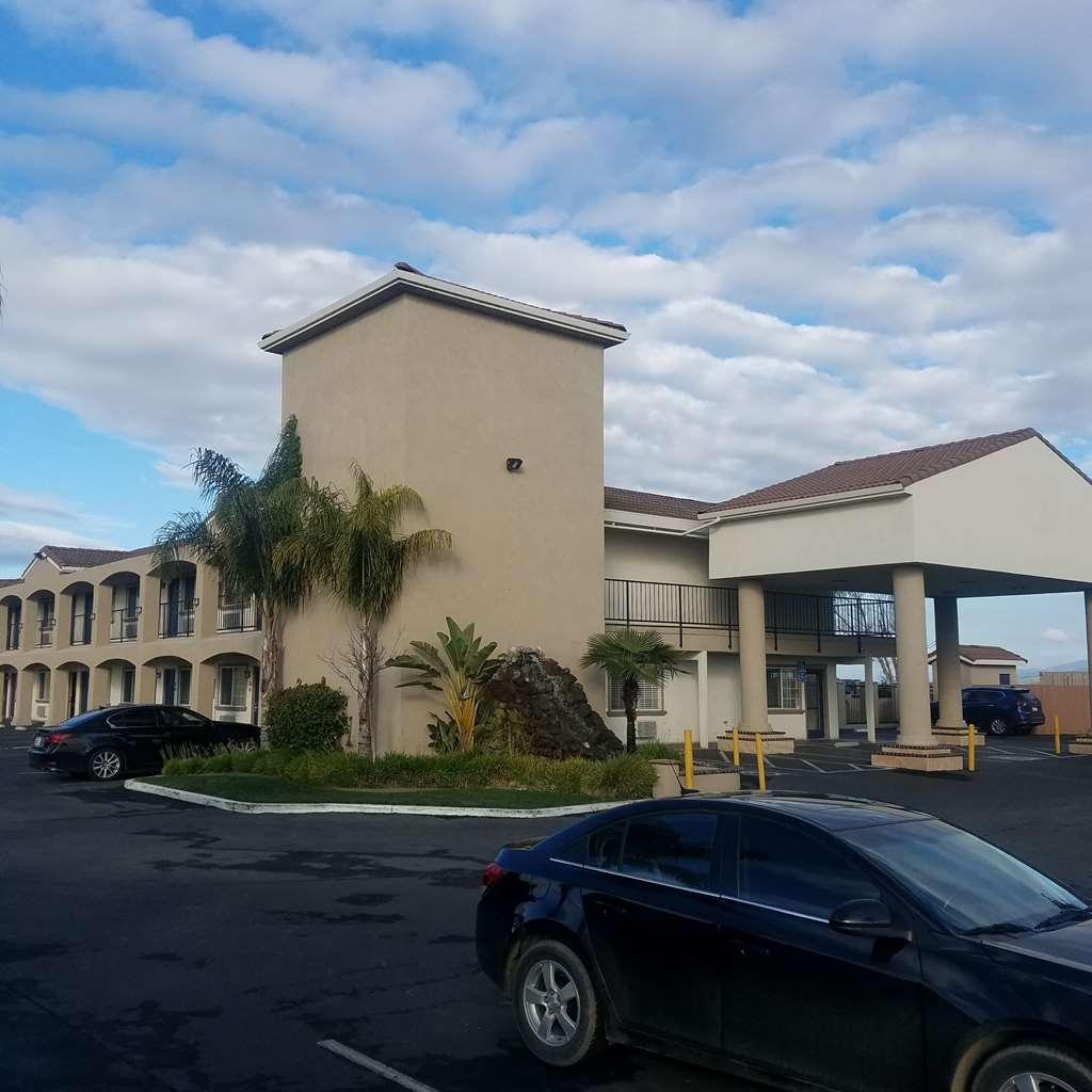 SureStay Hotel by Best Western Hollister - Vista Exterior