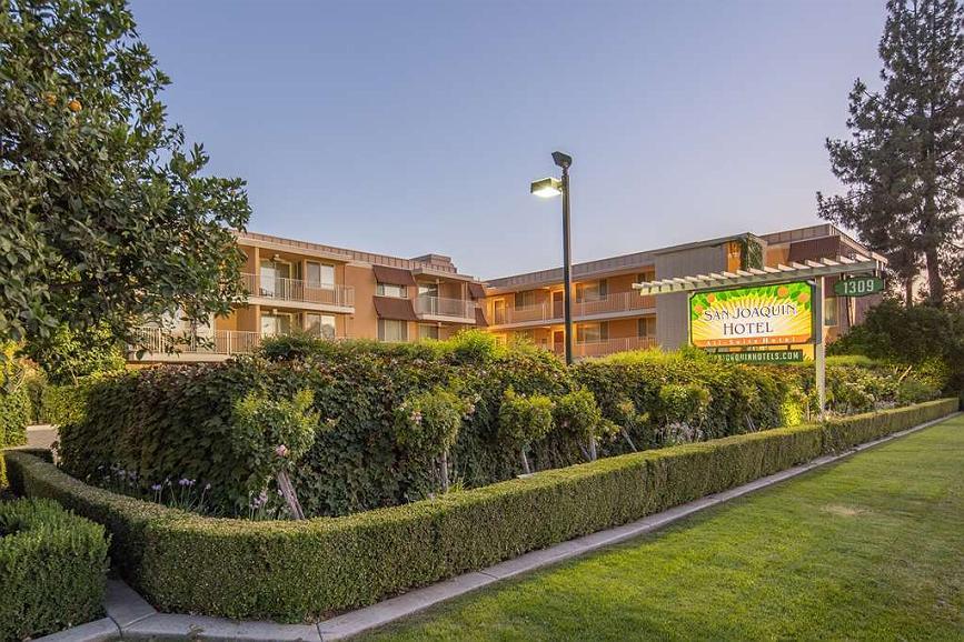 San Joaquin Hotel SureStay Collection by Best Western - Area esterna