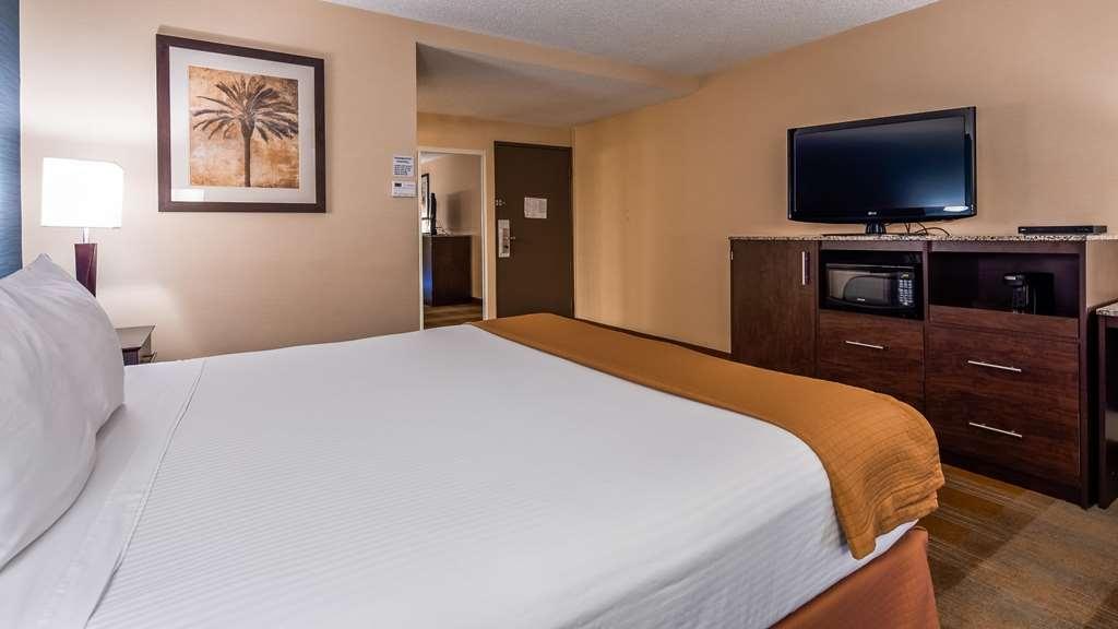 Best Western Date Tree Hotel - Guest room
