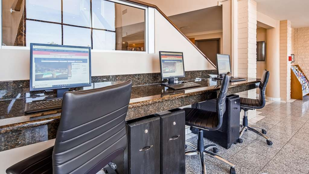 Best Western Date Tree Hotel - Business center