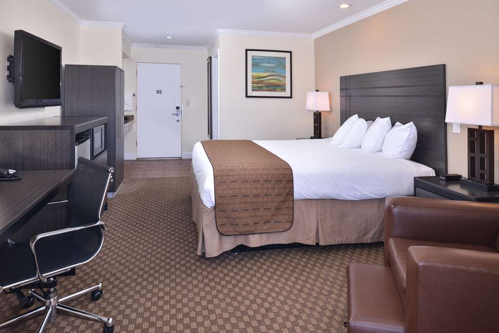 Best Western Capistrano Inn - Deluxe King Bed Guest Room with Balcony