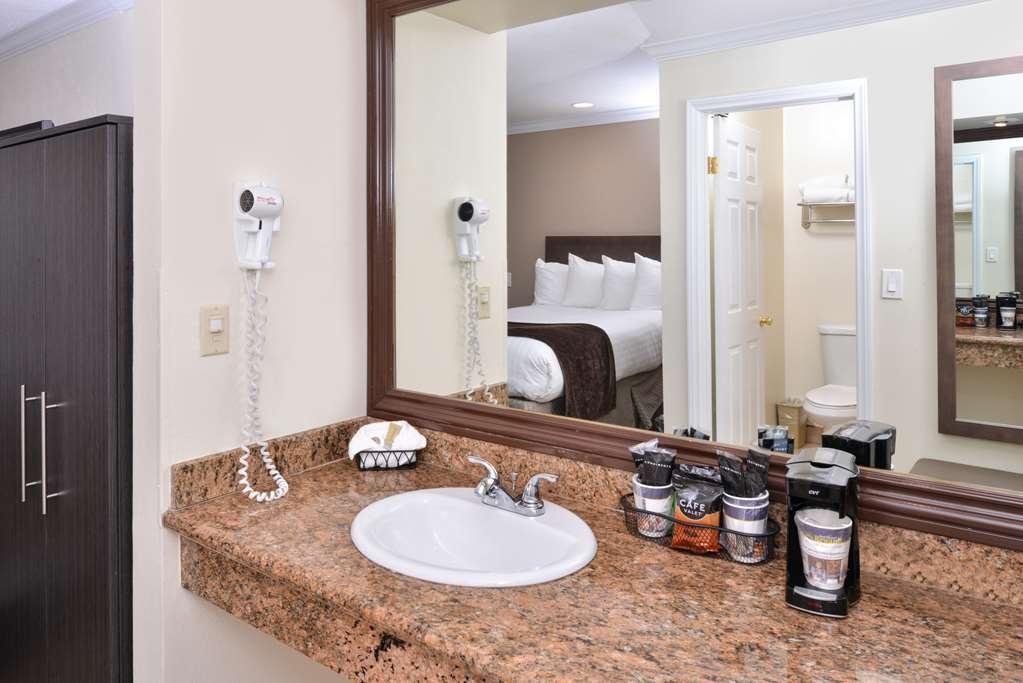 Best Western Capistrano Inn - Badezimmer