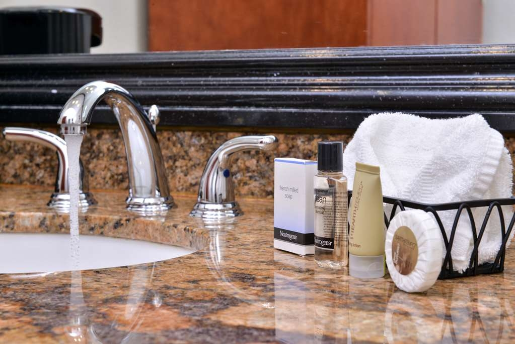 Best Western Capistrano Inn - Guest Bathroom Amenities